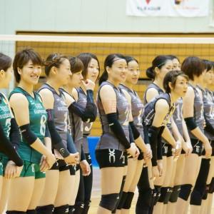 ≪女子バレー≫KUROBE対GSS 4(整列する選手を横から激写)